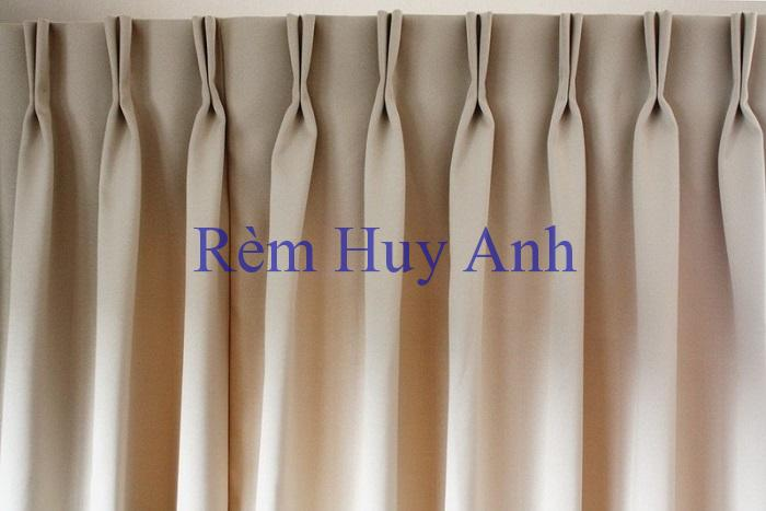 Các loại rèm cửa bằng vải thường được sử dụng trong trang trí nội thất