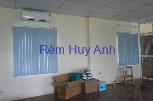 Rèm nhựa văn phòng – Lắp rèm nhựa cửa sổ văn phòng