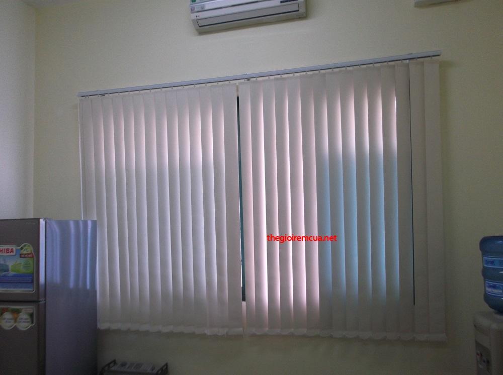 Rèm lật nhựa văn phòng HA920