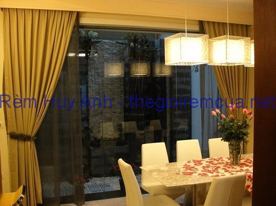 Rèm cửa kính phòng khách đơn sắc TM22-28