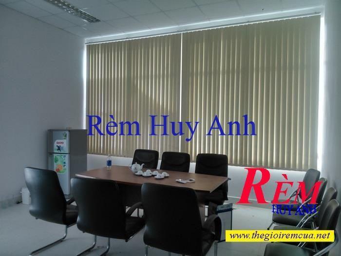 rem-nhua-la-doc-van-phong