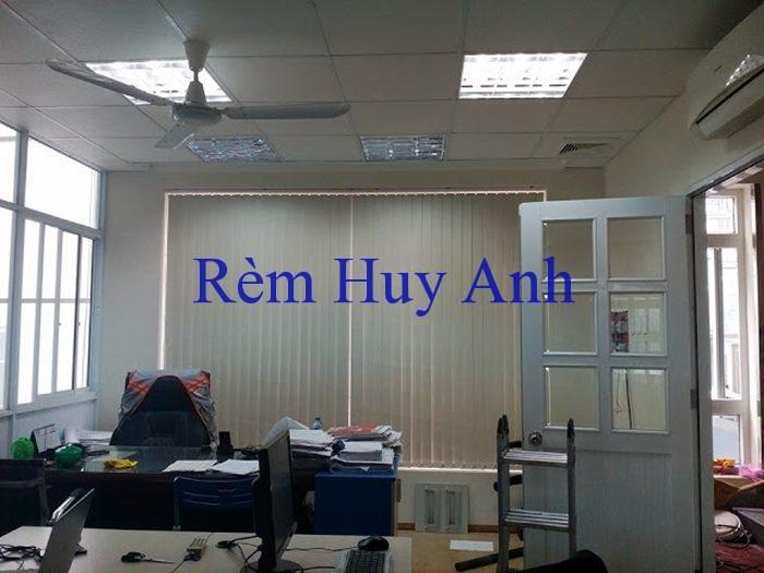 rem-van-phong-uc-gia-re-dxp-920