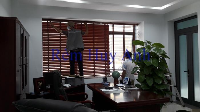 Lắp đặt Rèm gỗ Grace Home và Rèm lá dọc Văn phòng Pilano tại số 10 Trịnh Hoài Đức, Ba Đình