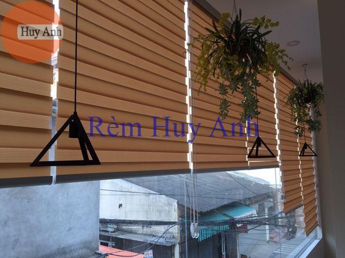228 Minh khai – Lắp đặt rèm cửa winlux hàn quốc (Rèm cuốn Brown)