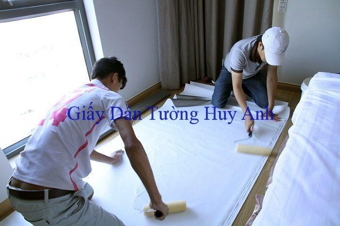 thue tho thi cong giay dan tuong